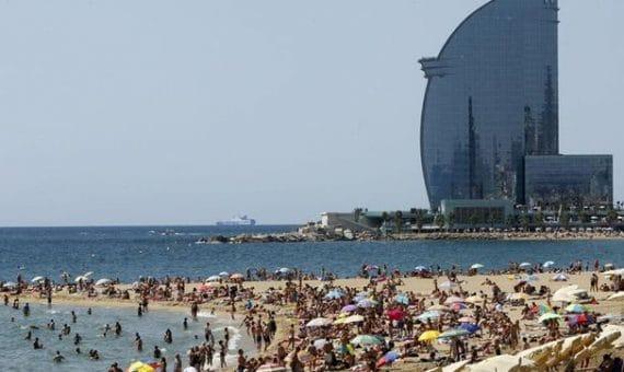 España visitará más de 57,8 millones de turistas