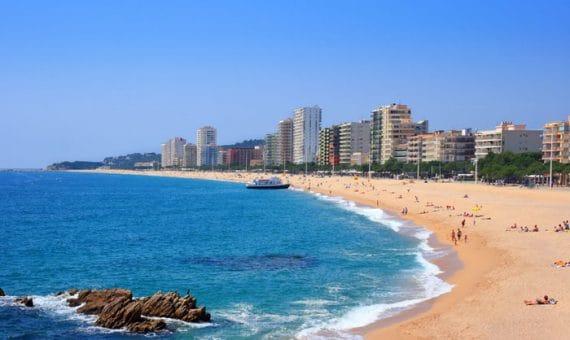 Los turistas extranjeros gastaron casi 60.000 millones de euros en España