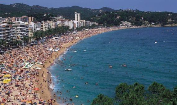 España recibirá millones de turistas extranjeros este año