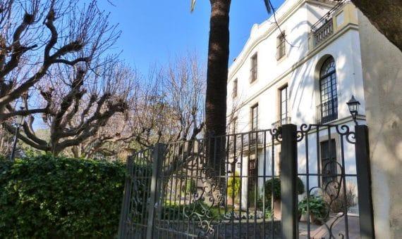 Inmuebles de lujo en España: compra y alquiler de villas