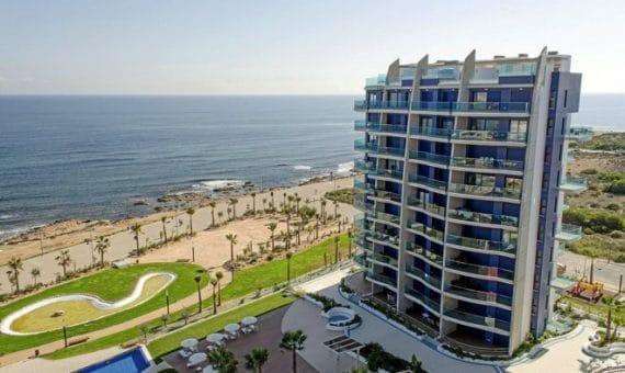 La construcción en la costa de España creció un 33%