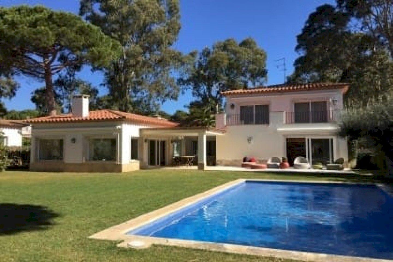 Villa amplia con piscina en S'Agaró, residencia de lujo La Gavina | 0-lusavillaluxurycostabrava-1-420x280-1-jpg