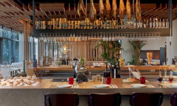 Restaurante en traspaso en Plaza Real | 0-screen-shot-20150831-at-190106png-2-570x340-png