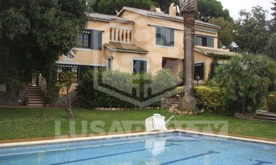 3196  Casa  Costa Barcelona | 10018-2-570x340-jpg