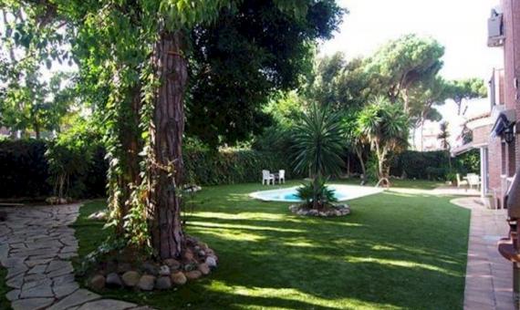 2119  Casa familiar cerca de la playa en Castelldefels Playa | 10041-7-570x340-jpg