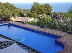 12733 – Amplia villa de 900 m2 con vistas al mar y piscina en la urbanización Cala Sant Francesc, Blanes | 10787-19-150x110-jpg
