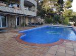 12733 – Amplia villa de 900 m2 con vistas al mar y piscina en la urbanización Cala Sant Francesc, Blanes | 10787-5-150x110-jpg
