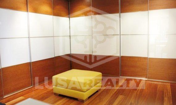 2290  Luminosa y confortable casa de estilo moderno a la venta en Gava Mar   11504-5-570x340-jpg