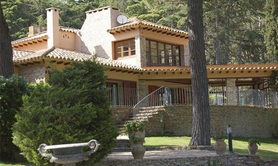 4028  Masia y Castillo  Costa Brava | 11834-4-570x340-jpg