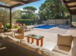 12704 – Impresionante villa en una gran parcela de 1000 m2 con piscina, cerca del mar en Castelldefels | 11900-18-150x110-jpg
