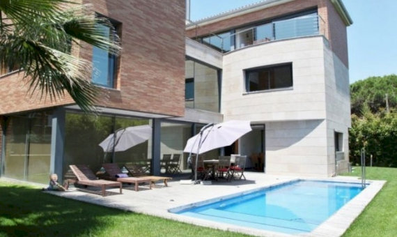 Casa  Costa Barcelona | 11934-1-570x340-jpg