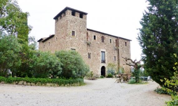 La Masia de Torre Negra en Sant Cugat | 11983-7-570x340-jpg