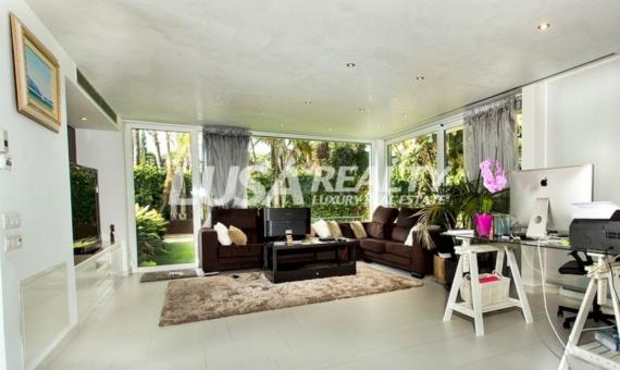Lujosa villa de diseño en Castelldefels | 12040-14-570x340-jpg