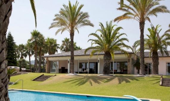 3176 Casa de lujo en Supermaresme | 12080-8-570x340-jpg