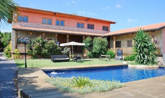 Alquiler de verano de villa con piscina cerca del mar en Calafell | 13505-5-570x340-jpg
