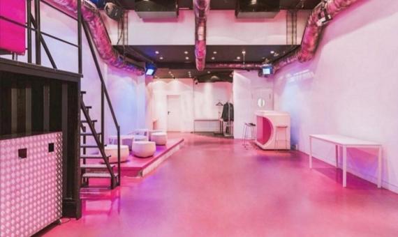 Local comercial de 300 m2 con licencia para bar de copas, un club privado en pleno centro de Barcelona, junto a Las Ramblas   5767-2-570x340-jpg