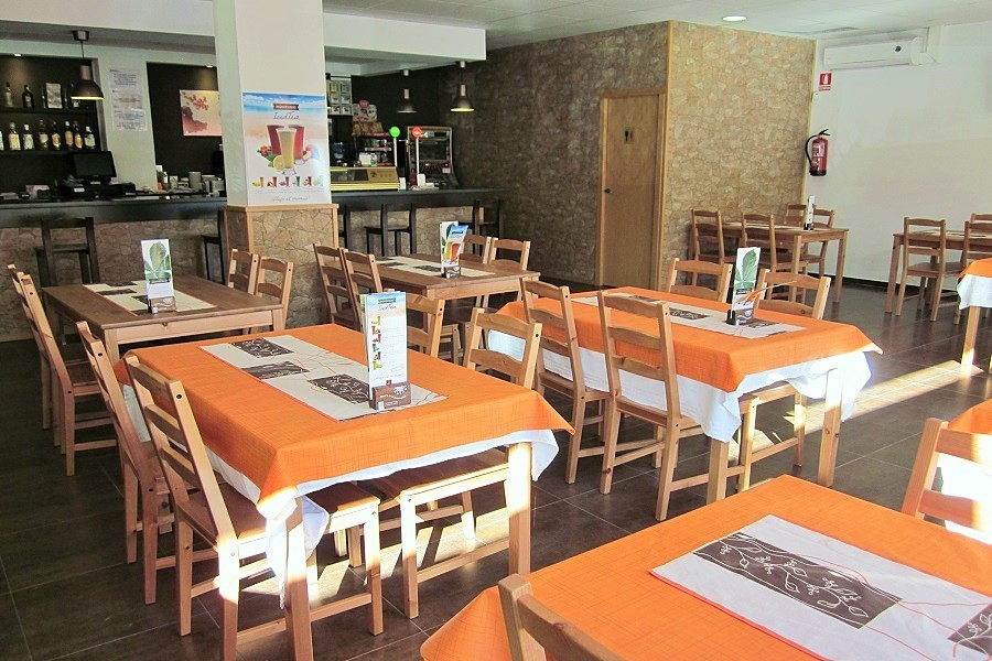 12607 – Restaurante en traspaso en Casteldefells   706-4-jpg