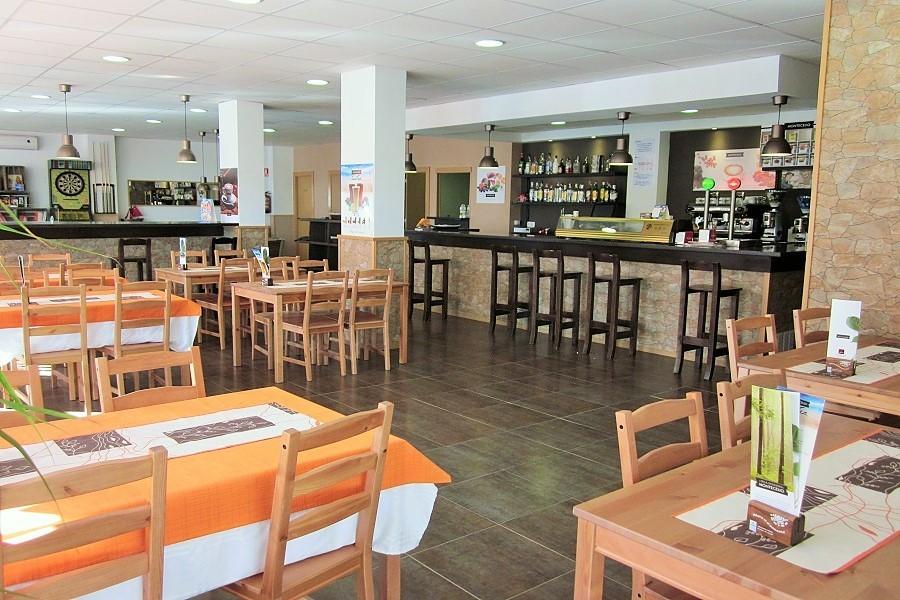 12607 – Restaurante en traspaso en Casteldefells   706-6-jpg