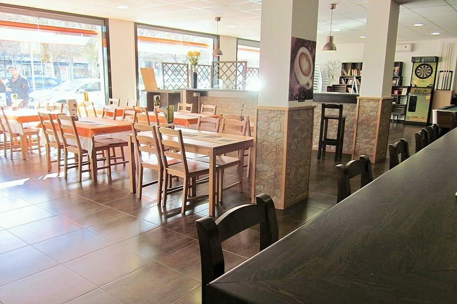 12607 – Restaurante en traspaso en Casteldefells   706-7-jpg