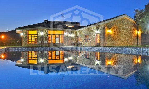 Preciosa casa familiar   7541-6-570x340-jpg