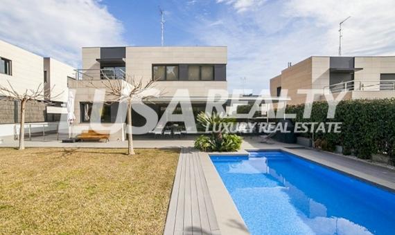 Magnífica casa unifamiliar de seis dormitorios cerca del mar en Sant Andreu de LLavaneres   7658-1-570x340-jpg
