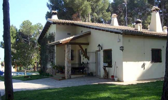 Masia con terreno de 1.5 Ha a la venta en Vilanova i la Geltru | 9047-17-570x340-jpg