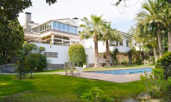 Casa a la venta en Can Teixido, Alella | 9628-1-570x340-jpg