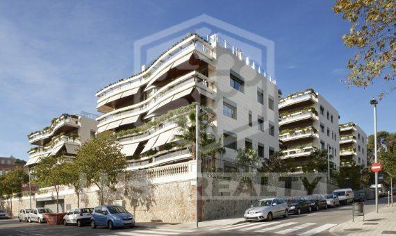 Magnífico piso de 4 dormitorios | 9698-7-570x340-jpg