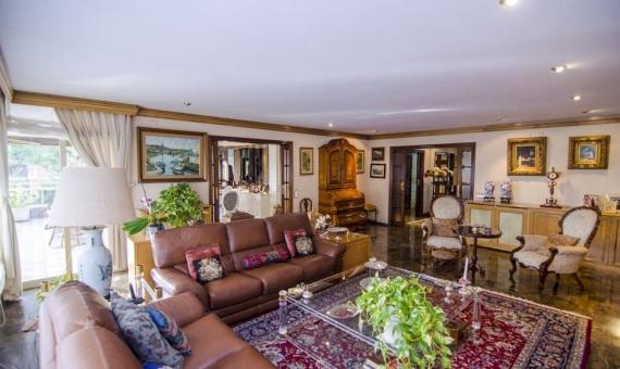 Piso de 319 m2 a reformar en zona prestigiosa La Bonanova | 0-dsc-7602-420x280-jpg