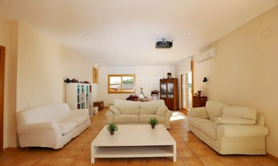 Chalet con vistas al mar y parcela de 1500 m2 en Cabrils | 19-20lusa-house-cabrilsjpg-570x340-jpg