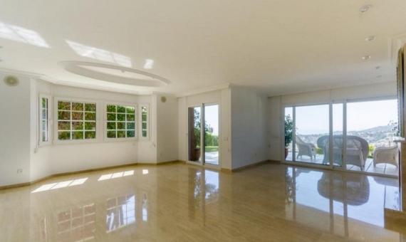 Casa de reciente construcción de 5 dormitorios en Cabrils | 0-lusarealty-house-cabrils-barcelona00001jpeg-570x340-jpg