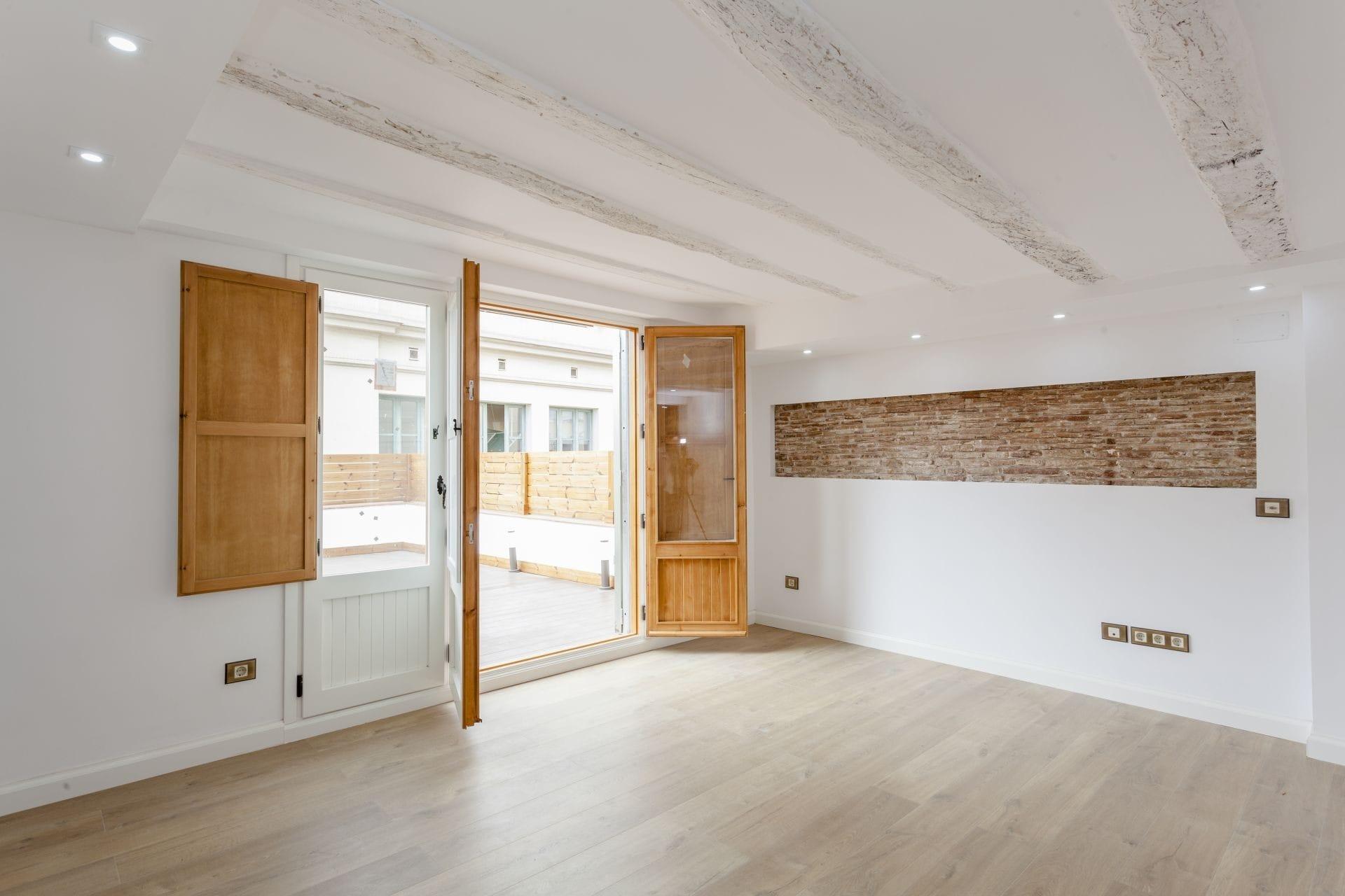 Venta de tico con reforma de lujo y terraza de 35 m2 en - Permiso obras piso barcelona ...