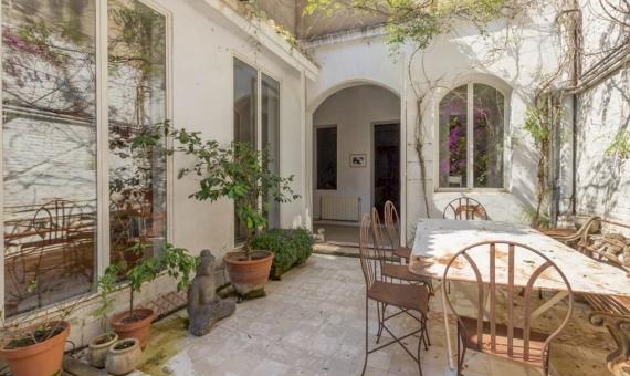 Impresionante propiedad totalmente reformada con terraza en la zona alta de Barcelona | 2-87233420176420059497-570x340-jpg