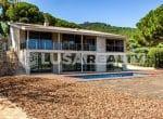 12809 – Venta de un moderno chalet de lujo con vista en  Cabrera de Mar   32-lusa-realty-modern-luxury-villa-in-costa-maresme00033-150x110-jpg
