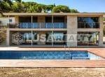12809 – Venta de un moderno chalet de lujo con vista en  Cabrera de Mar   33-lusa-realty-modern-luxury-villa-in-costa-maresme00034-150x110-jpg