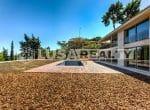 12809 – Venta de un moderno chalet de lujo con vista en  Cabrera de Mar   36-lusa-realty-modern-luxury-villa-in-costa-maresme00037-150x110-jpg