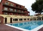 12837 – Un hotel de 3 estrellas en Castelldefels en venta | 002724-pool-150x110-jpg
