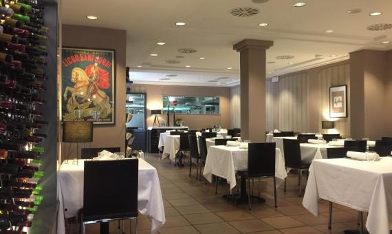 Traspaso del restaurante en Sant Gervasi / Galvany  con un contrato de 15 años   img_8956-1-570x340-jpg