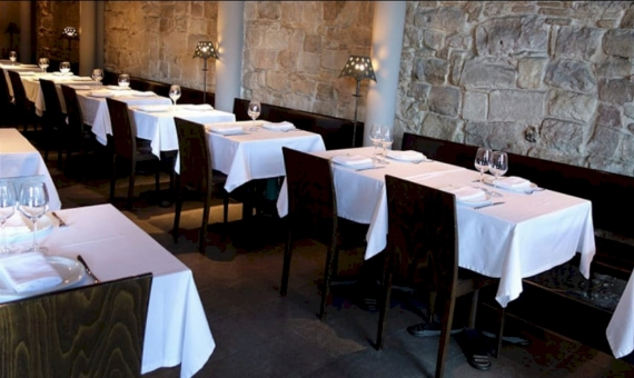 Restaurante en traspaso en Port Vell | screen-shot-2017-11-21-at-17-31-35-iloveimg-converted-570x340-jpg