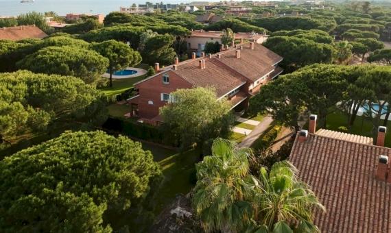 Casa adosada cerca del mar en Gava Mar   image-24-570x340-jpg