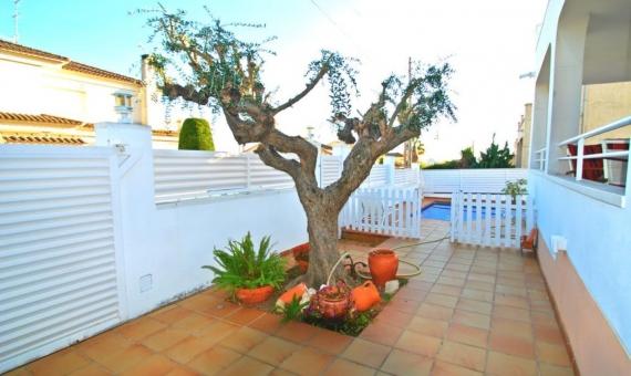 Acogedora villa Hinebra en Calafell | 00-1-570x340-jpg