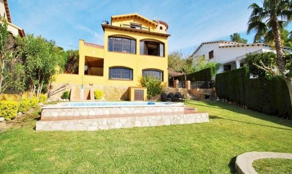 Hermosa villa con piscina privada en Costa Dorada   2599-18-480x340-jpg