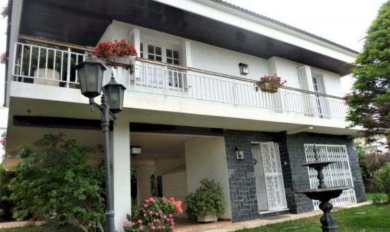 Casa en estilo rústico, a 850 m de la playa | p1060986-fileminimizer-570x340-jpg