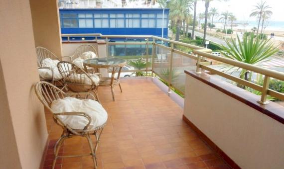Apartmento en la primera linea del mar con una piscina y parque infantil | p1060700-fileminimizer-570x340-jpg