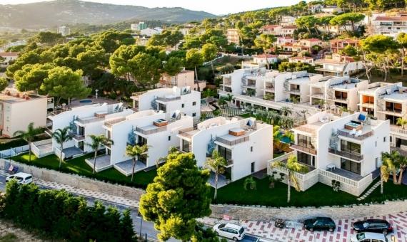 Proyecto de inversión de villas privadas en un exclusivo complejo hotelero | drone-9-of-14-570x340-jpg