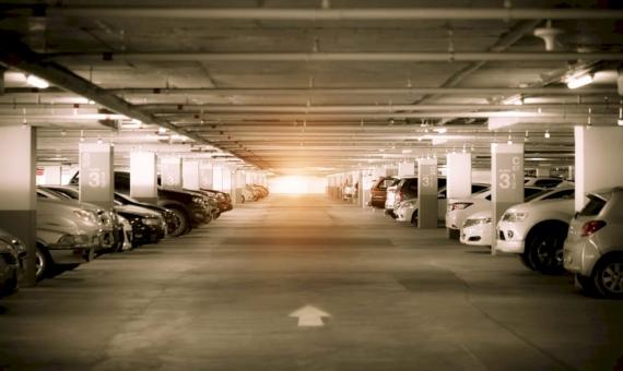 Parking para 234 plazas en la zona densamente poblada de Hospitalet de Llobregat | shutterstock_517228699-570x340-jpg
