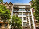 Apartamento de cinco habitaciones con una gran área en el centro de Barcelona | image-16-150x110-jpg