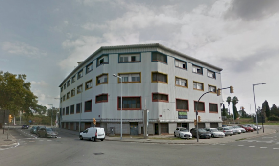 Edificio de cien oficinas o locales comerciales en Barcelona | callebalmes-570x340-jpg