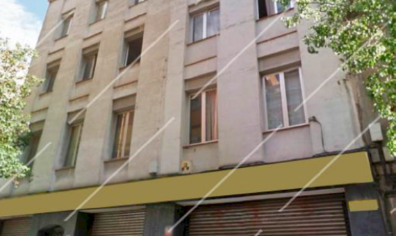 Edificio residencial a reformar con el cambio de uso en Sants-Montjuic | 111-1-570x340-png