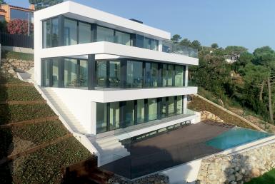 Villas de nueva construcción 242 m2 con vistas al mar en Begur - 20180803 DIURNAS (5)
